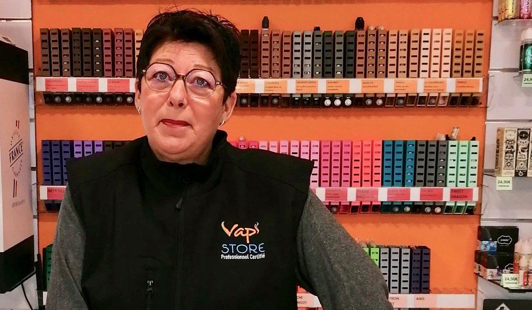 Suite à la plainte d'un buraliste, Patricia a eu la visite de la police dans sa boutique de vape